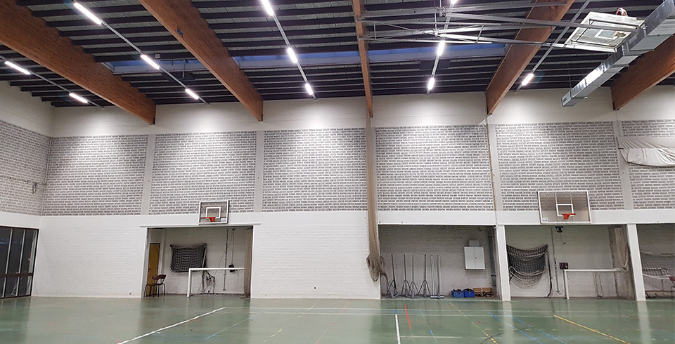 70 percent saving on lighting bill after relighting sports hall Waregem - ©Voltron®